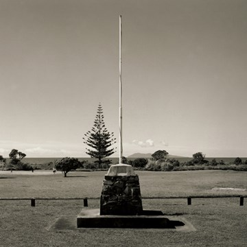 War memorial, Waihi Beach, Bay of Plenty, 20 September 2008