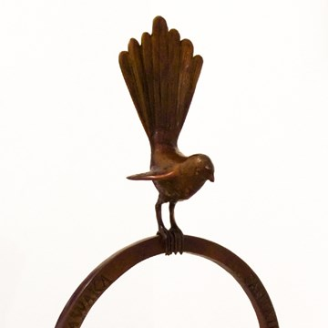 Fantail on a Small Ring