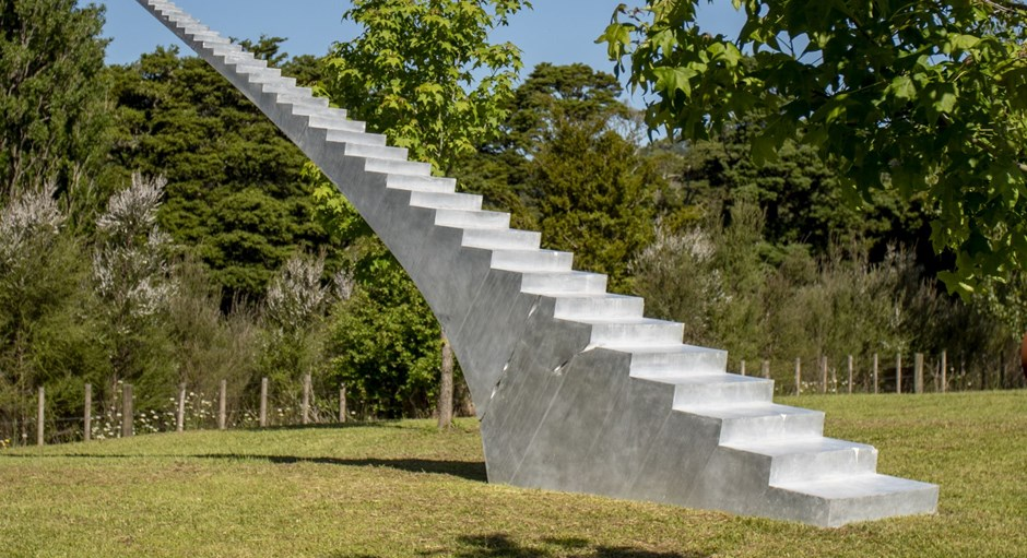 Gow Langsford Gallery Sculpture Gardens at The Vivian