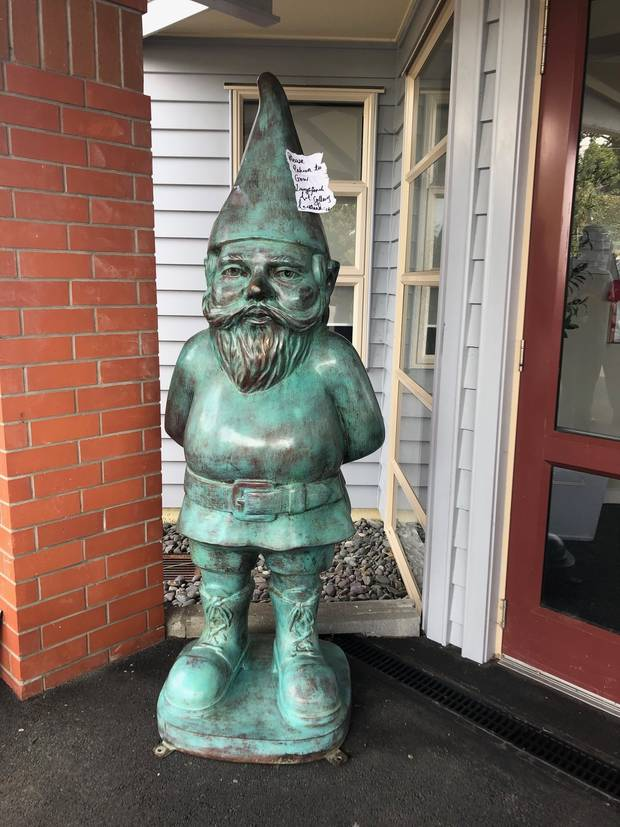 Gregor Kregar's 'Thinker' Gnome Returned